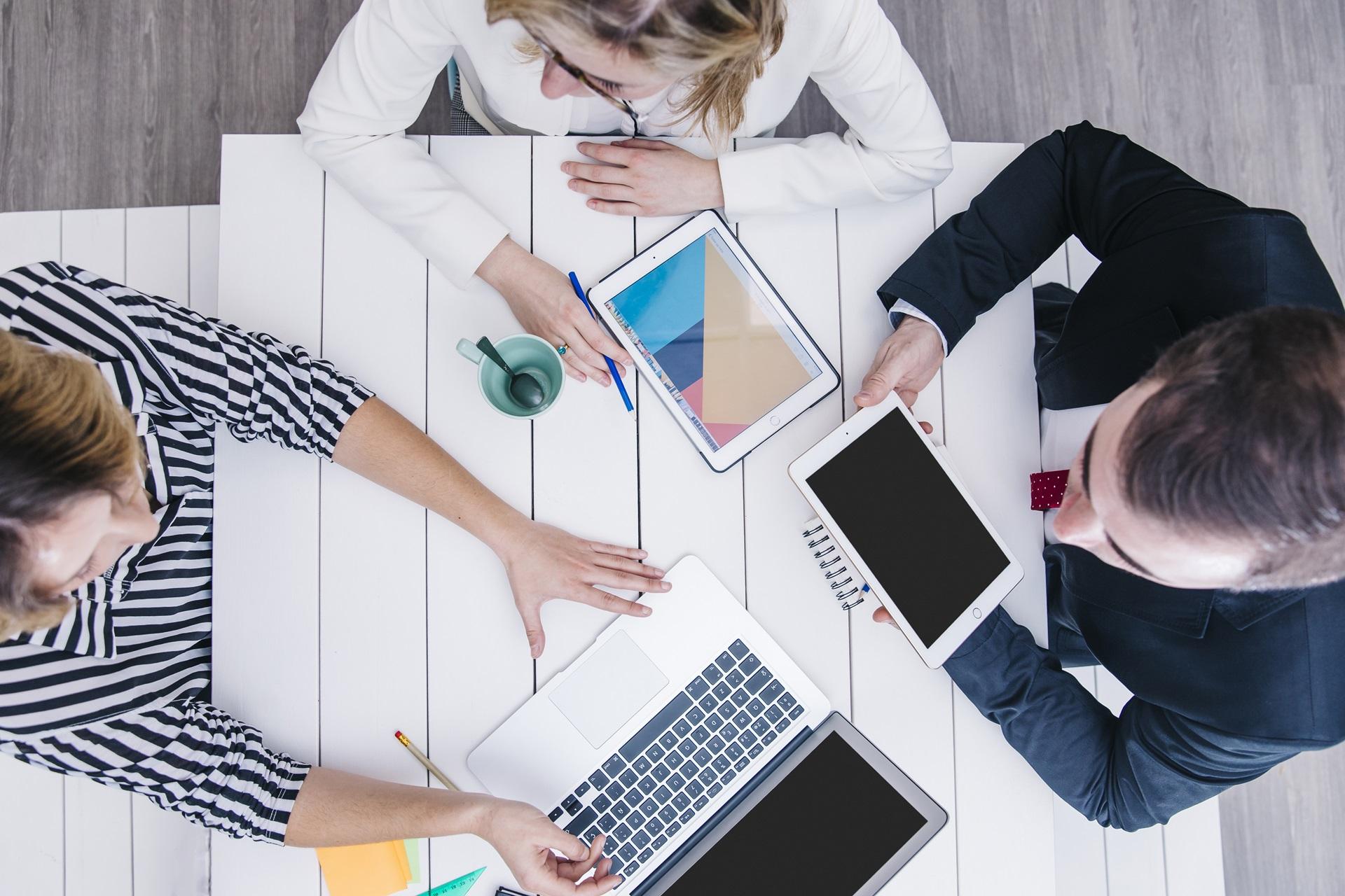 Saiba como a tecnologia pode reduzir os gastos de sua empresa